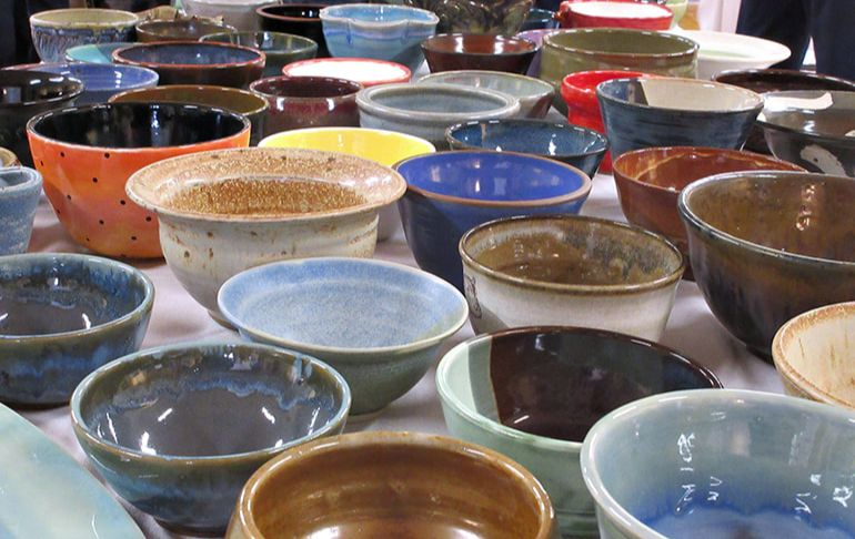 Picture of some of the ceramic bowls on the virtual bowl tables